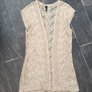 Beautiful short sleeve cardigan
